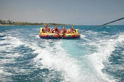 Stephanos Watersports Funrides