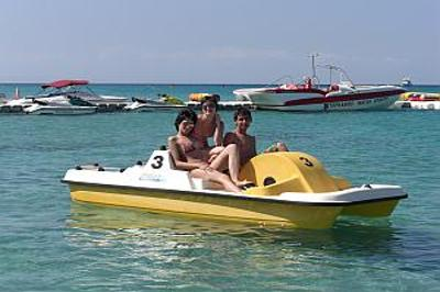 Pedalboat Hire